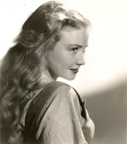 Alma Lloyd4